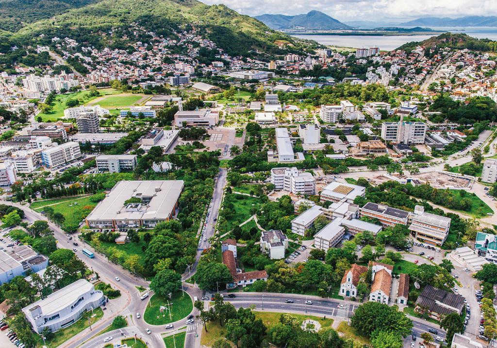 Aerial view of the Federal University of Santa Catarina - Florianópolis Campus. Photo: Jair Quint/Agecom/UFSC